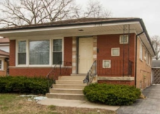 Foreclosed Home in Dolton 60419 IRVING AVE - Property ID: 4472843315