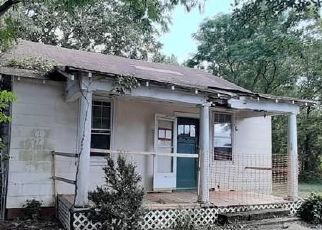 Foreclosed Home in Richmond 23223 5TH ST - Property ID: 4473051360