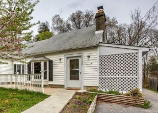 Foreclosed Home in Perry Hall 21128 SILVER SPRING RD - Property ID: 4473057945
