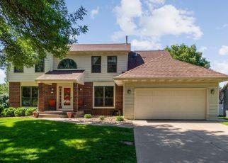 Foreclosed Home in Cedar Rapids 52402 BERKSHIRE DR NE - Property ID: 4473173108