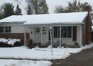 Foreclosed Home in Dearborn Heights 48127 ROSEMARY ST - Property ID: 4473249323
