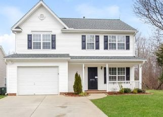 Foreclosed Home in Greensboro 27405 TRAILSHEAD DR - Property ID: 4473294891