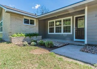 Foreclosed Home in Lake Jackson 77566 PALM LN - Property ID: 4473335159