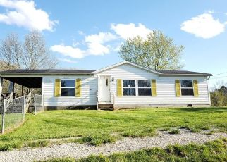 Foreclosed Home in Waverly 26184 DEERWALK HWY - Property ID: 4473445989