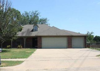 Foreclosed Home in Broken Arrow 74014 E EL PASO ST - Property ID: 4473584822