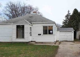Foreclosed Home in Green Bay 54302 PROULX ST - Property ID: 4473620736