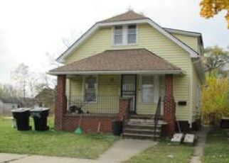 Foreclosed Home in Hamtramck 48212 ANGLIN ST - Property ID: 4474117836