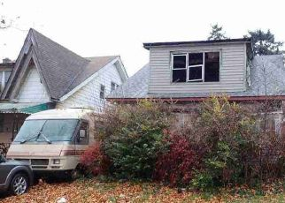 Foreclosed Home in Detroit 48204 MANOR ST - Property ID: 4474291262