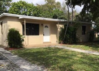 Foreclosed Home in Fort Lauderdale 33311 NW 7TH CT - Property ID: 4474368343