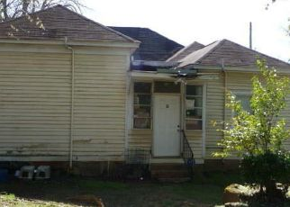 Foreclosed Home in Macon 31201 RIVERSIDE DR - Property ID: 4474504563