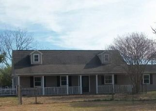 Foreclosed Home in Molino 32577 KECK RD - Property ID: 4474927200