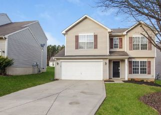 Foreclosed Home in Charlotte 28269 HOLBERT CIR - Property ID: 4474955675