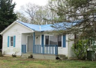 Foreclosed Home in Bristol 24202 REEDY CREEK RD - Property ID: 4474960491