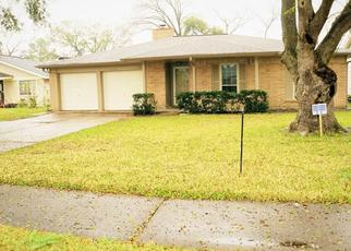 Foreclosed Home in Houston 77072 CORONA LN - Property ID: 4475035382