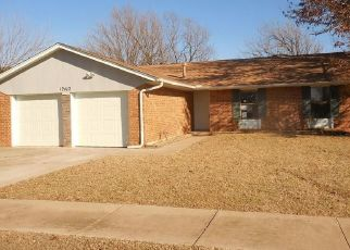 Foreclosed Home in Oklahoma City 73142 WHISPERING HOLLOW DR - Property ID: 4475041515