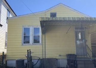 Foreclosed Home in Covington 41016 OAK ST - Property ID: 4475174215