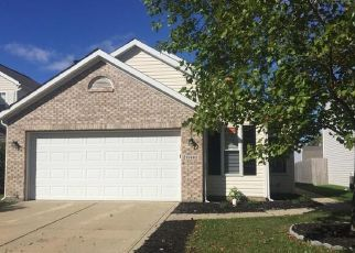Foreclosed Home in Indianapolis 46235 SIGNET LN - Property ID: 4475302999