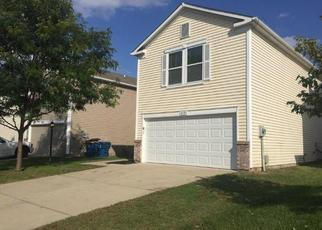 Foreclosed Home in Indianapolis 46235 APPLE CREEK DR - Property ID: 4475303420