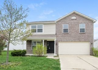 Foreclosed Home in Indianapolis 46229 ROSSWOOD BLVD - Property ID: 4475306939
