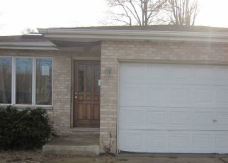 Foreclosed Home in Dolton 60419 E 142ND ST - Property ID: 4475469413