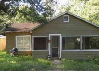 Foreclosed Home in Panama City 32401 E 2ND PL - Property ID: 4475504453