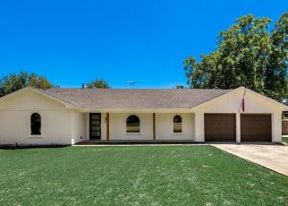 Foreclosed Home in Fort Worth 76133 KELVIN AVE - Property ID: 4475757611