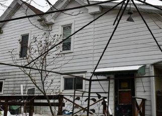 Foreclosed Home in Morgantown 26505 OVERHILL ST - Property ID: 4475833368