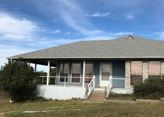 Foreclosed Home in Fredericksburg 78624 BALCONES DR - Property ID: 4475858337