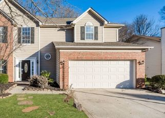 Foreclosed Home in Charlotte 28269 DOWNFIELD WOOD DR - Property ID: 4475965644