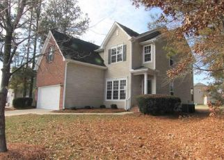 Foreclosed Home in Knightdale 27545 SAPPHIRE SPRINGS DR - Property ID: 4475970459