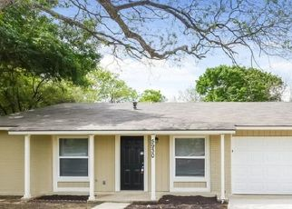 Foreclosed Home in San Antonio 78233 MOORES CRK - Property ID: 4476055423