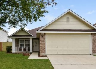 Foreclosed Home in San Antonio 78222 SWAN FRST - Property ID: 4476059821