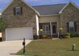 Foreclosed Home in Hope Mills 28348 BATESBURG DR - Property ID: 4476163608