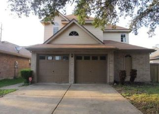 Foreclosed Home in Tomball 77377 BOWSMAN DR - Property ID: 4476246833
