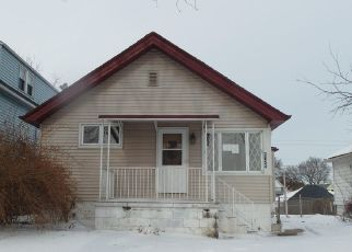 Foreclosed Home in Cudahy 53110 E UNDERWOOD AVE - Property ID: 4476431653