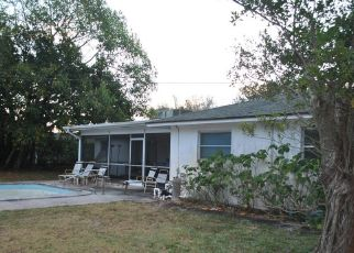 Foreclosed Home in North Palm Beach 33408 FATHOM RD W - Property ID: 4476480256