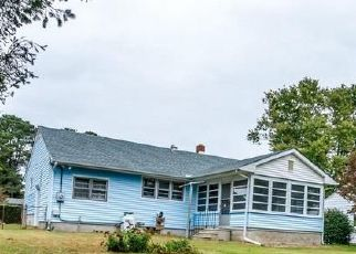 Foreclosed Home in Milford 19963 WOODSIDE DR - Property ID: 4476534123