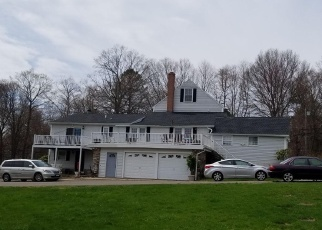 Foreclosed Home in Orange 06477 ORANGE CENTER RD - Property ID: 4476571808