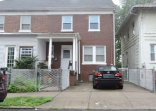 Foreclosed Home in Bridgeport 06610 WILLOW ST - Property ID: 4476579686