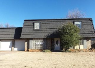 Foreclosed Home in Oklahoma City 73132 BROOKSIDE DR - Property ID: 4476608142