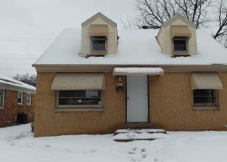 Foreclosed Home in Milwaukee 53218 N 64TH ST - Property ID: 4476624797
