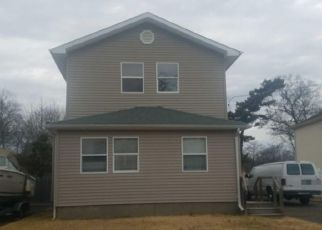 Foreclosed Home in Islip Terrace 11752 FAIRVIEW AVE - Property ID: 4476694878
