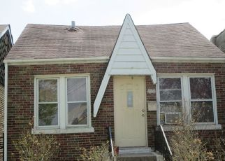 Foreclosed Home in Cicero 60804 W 19TH ST - Property ID: 4476840722