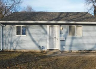 Foreclosed Home in Gary 46407 CENTRAL DR - Property ID: 4476846854