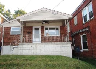 Foreclosed Home in Covington 41014 HOLMAN ST - Property ID: 4476986561