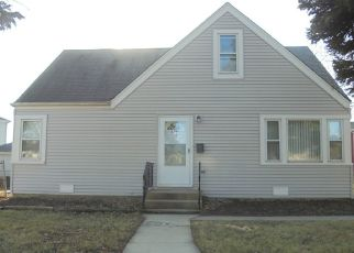 Foreclosed Home in Melrose Park 60164 LA PORTE AVE - Property ID: 4477100881