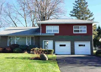 Foreclosed Home in Albany 12203 MILNER AVE - Property ID: 4477158236