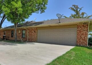 Foreclosed Home in Ferris 75125 W 12TH ST - Property ID: 4477202478