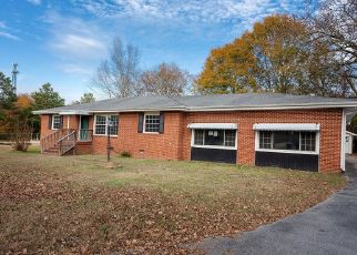 Foreclosed Home in Hixson 37343 ADAMS RD - Property ID: 4477227444