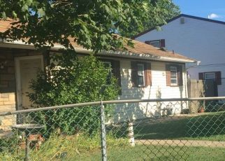 Foreclosed Home in Bay Shore 11706 5TH AVE - Property ID: 4477301465